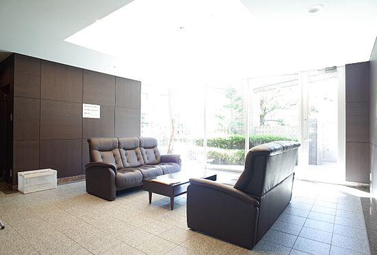 中古マンション-静岡市葵区大岩1丁目 重厚感のあるエントランスホール
