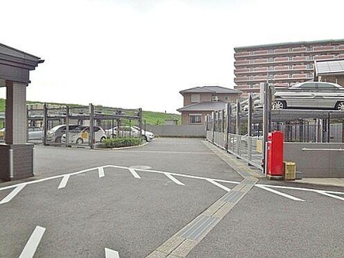 マンション(建物一部)-京都市伏見区淀木津町 広々とした駐車場もあり。