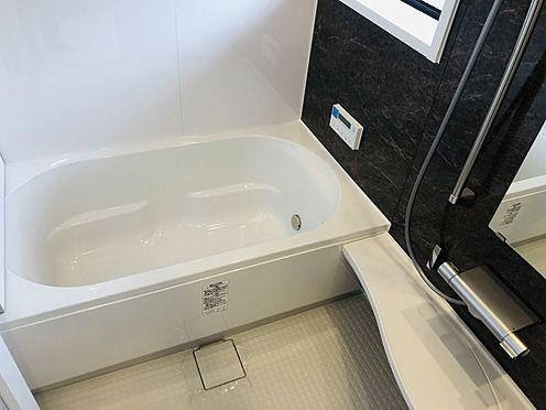 中古マンション-名古屋市千種区自由ケ丘2丁目 浴室には窓もあり換気も楽々!ユニットバスは新規交換しております!