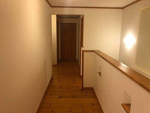 中古一戸建て-名古屋市瑞穂区仁所町1丁目 ファミリールームへとつながる廊下