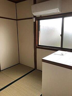 旅館-堺市堺区出島町4丁 白い壁で清潔感あります