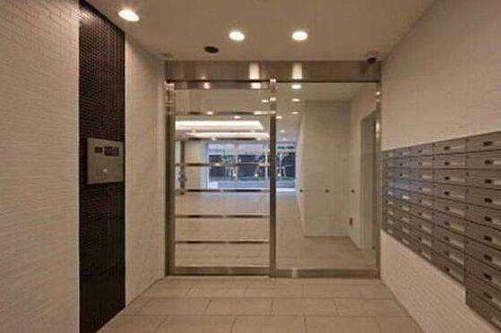 マンション(建物一部)-大阪市浪速区敷津西1丁目 清潔感のあるエントランス