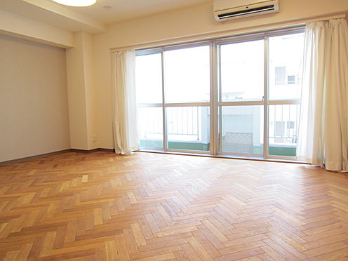 中古マンション-目黒区自由が丘2丁目 約13.1帖の洋室です。(賃借人入居前撮影)