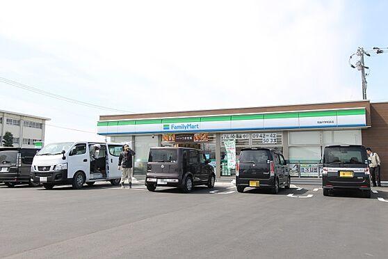 アパート-筑後市大字水田 ファミリーマート 筑後中学校前店(194m)