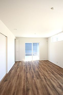 新築一戸建て-磯城郡田原本町大字阪手 和室と合わせて22帖の大きな空間。ご家族の憩いの場にぴったりですね。