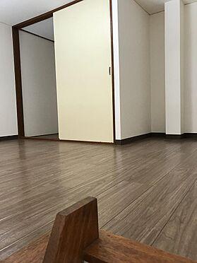 アパート-札幌市白石区栄通19丁目 ロフト