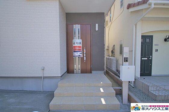 新築一戸建て-仙台市泉区泉ケ丘4丁目 玄関