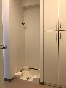 中古マンション-江戸川区北小岩6丁目 収納豊富な洗面室