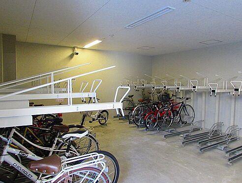 マンション(建物一部)-神戸市中央区日暮通3丁目 雨の日も安心の屋内駐輪場