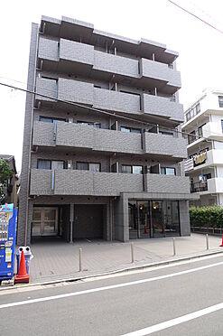 マンション(建物一部)-大田区西糀谷4丁目 タイル貼りの外観