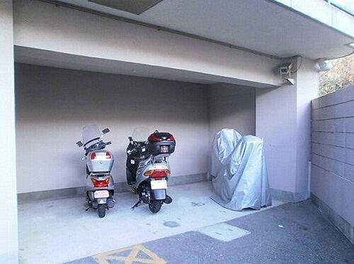 マンション(建物一部)-神戸市垂水区塩屋町9丁目 駐輪スペースには防犯カメラあり