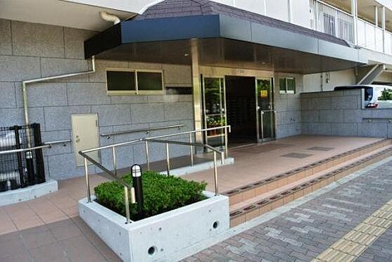 マンション(建物一部)-大阪市西淀川区佃2丁目 スロープのあるアプローチ