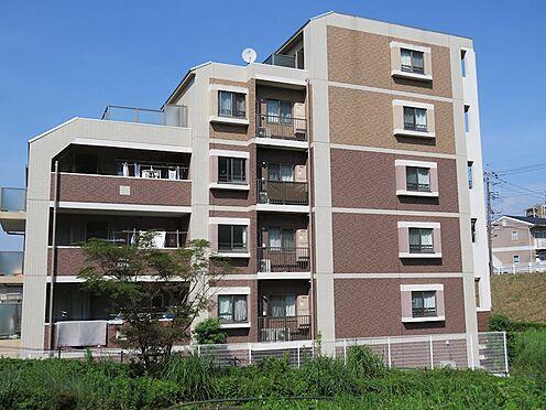 中古マンション-八王子市上柚木2丁目 南側より建物を望む