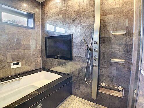 中古一戸建て-名古屋市緑区鏡田 テレビも付いているので入浴時間をより楽しむことが出来ます!