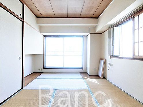 中古マンション-葛飾区東新小岩5丁目 洋室とは違った温かみのある畳の居室