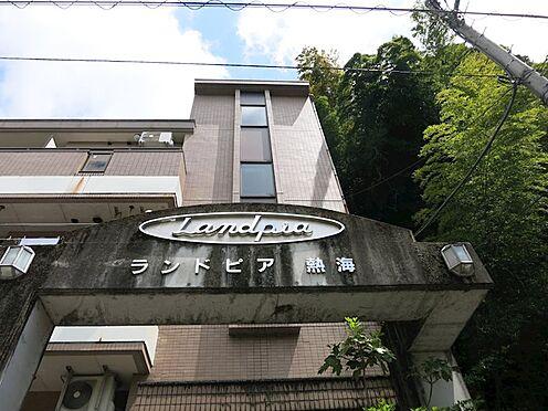中古マンション-熱海市西熱海町2丁目 タイル張りのコンパクトなマンションです。