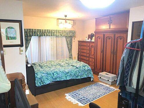 中古マンション-豊田市寿町7丁目 ベッドを置いても十分な広さがあります。 主寝室としてお使い下さい。
