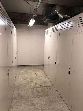中古マンション-名古屋市中区松原2丁目 地下には1住戸1つ無料で使えるトランクルームがあります!