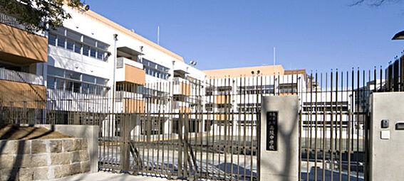 店舗事務所(建物全部)-港区南青山4丁目 中学校港区立広陵中学校まで1398m
