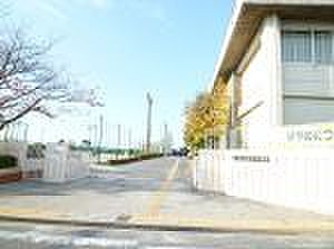 土地-碧南市笹山町1丁目 東中学校徒歩26分約2072m