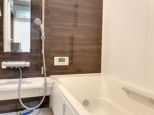 戸建賃貸-額田郡幸田町大字坂崎字石ノ塔 ゆったりと入れる1坪タイプのお風呂が魅力です!
