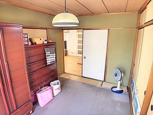 中古マンション-名古屋市天白区植田西1丁目 和室を洋室に変更するリフォームも人気です。お気軽にご相談下さい。