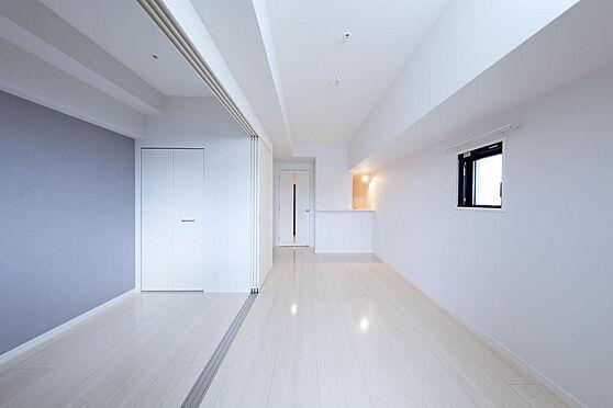 マンション(建物一部)-福岡市博多区比恵町 写真は同マンションの新築時竣工写真です。お部屋のタイプが違う為、506号室とは異なります。