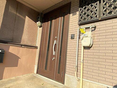 店舗・事務所・その他-京都市伏見区深草大亀谷東寺町 玄関ドアも新しいです。