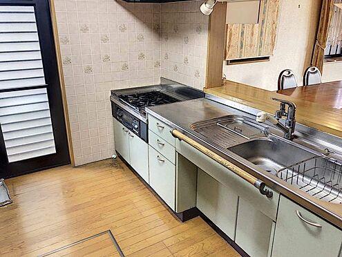 中古一戸建て-豊田市志賀町下番戸 カウンターキッチンなので、リビングにいるご家族と談笑しながらご飯の準備をしていただけます♪