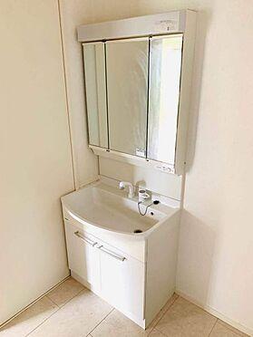 中古一戸建て-津島市百島町字居屋敷 窓があり換気もしっかりとできる洗面室!