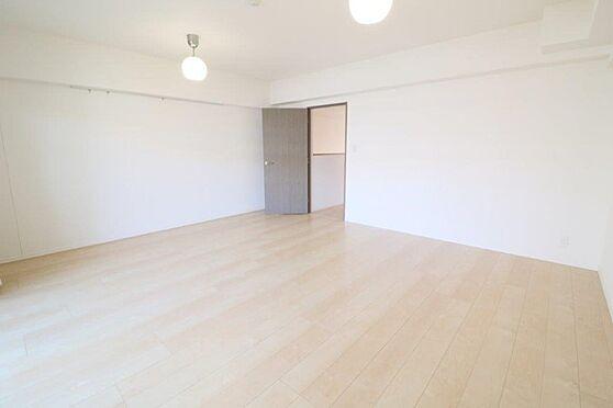 中古マンション-八王子市南大沢5丁目 使い方が広がる上階北側洋室約13.5帖