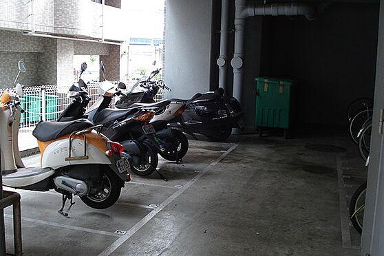 マンション(建物一部)-神戸市中央区浜辺通6丁目 バイク置場も完備