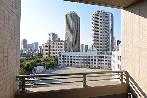 中古マンション-中央区佃2丁目 バルコニーからの眺望、佃公園を望みます