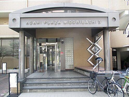 中古マンション-大阪市東成区東中本2丁目 エントランスアプローチです