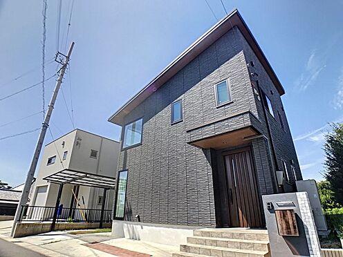戸建賃貸-蒲郡市大塚町広畑 おしゃれな外観のお家はついお友達を招待したくなりますね。