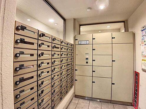 中古マンション-名古屋市守山区城土町 宅配ボックスが有る為、留守中の宅配物も安心して受け取れます。