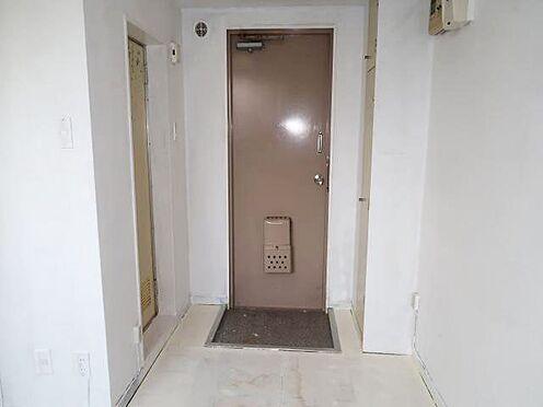 中古マンション-八王子市南新町 お部屋の玄関を内側から
