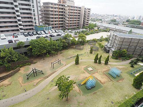 中古マンション-市川市島尻 眼下には敷地内の公園も広がります。