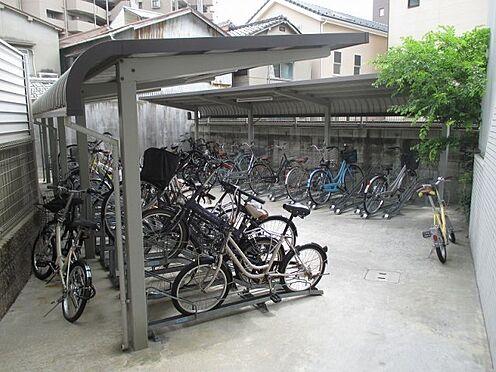 中古マンション-大阪市東成区玉津1丁目 屋根付き駐輪場です