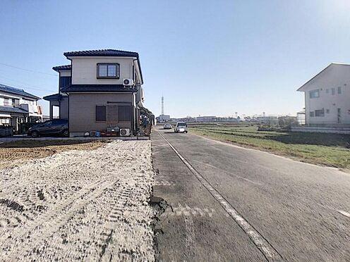 新築一戸建て-豊田市花園町石台 幅員5mの道路で駐車もしやすい!