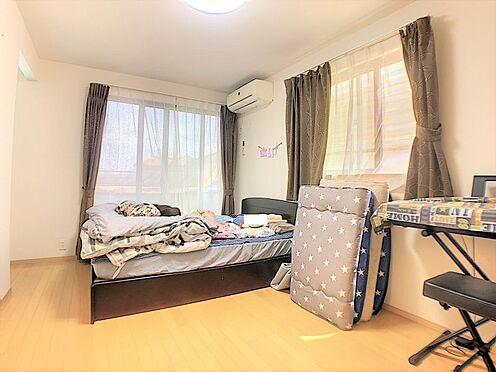 戸建賃貸-碧南市尾城町4丁目 二面採光のお部屋もあり、明るい日差しがさしこみます☆