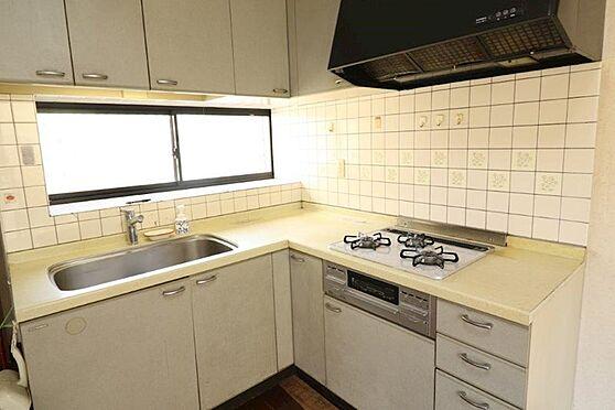 中古一戸建て-八王子市上柚木 L字型の使いやすいキッチンです。