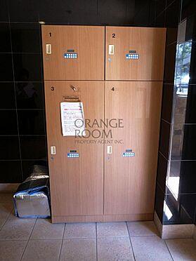 マンション(建物一部)-港区西麻布2丁目 不在時でも荷物が受け取れる宅配ボックスです。