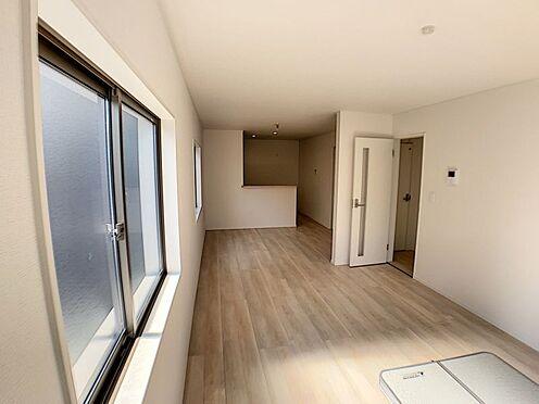 新築一戸建て-名古屋市名東区赤松台 日当たり良好な、広々18.3帖のLDK!