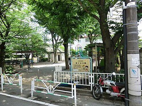 アパート-渋谷区上原1丁目 富ヶ谷公園