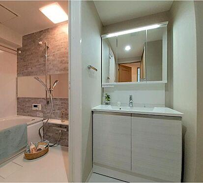 中古マンション-さいたま市浦和区領家5丁目 独立洗面台・バスルーム一式リフォーム済み◆リアルネット東京営業所の担当者がご案内致します。