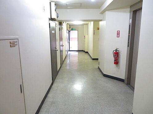 マンション(建物一部)-中央区日本橋堀留町1丁目 共用廊下
