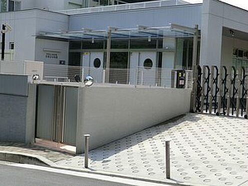 アパート-港区南青山4丁目 若葉会幼稚園