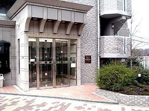 マンション(建物一部)-大阪市都島区片町1丁目 清潔感のあるアプローチ
