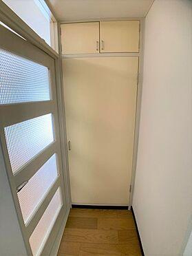 中古マンション-名古屋市天白区植田西1丁目 廊下の物入です。
